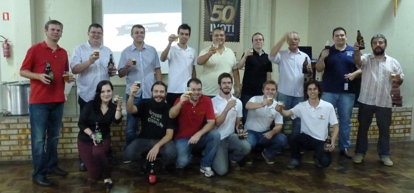 Cervejeiros, que realizaram encontro de degustação, planejam criar cooperativa (Foto: Divulgação)