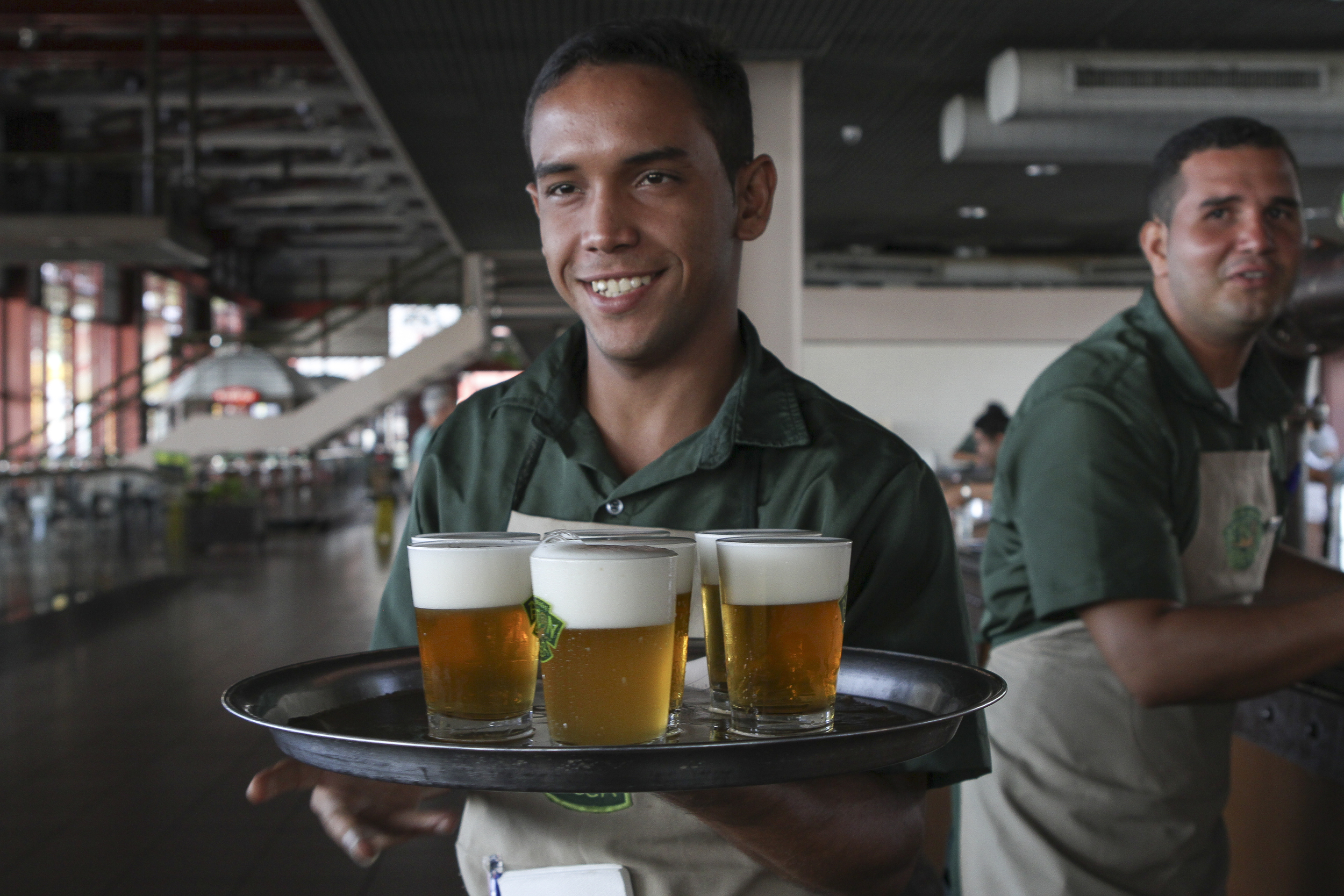 Direto da fonte da amazon beer, em belém (FOTO: JULIANA SPINOLA/ESPECIAL PARA A BEER ART)
