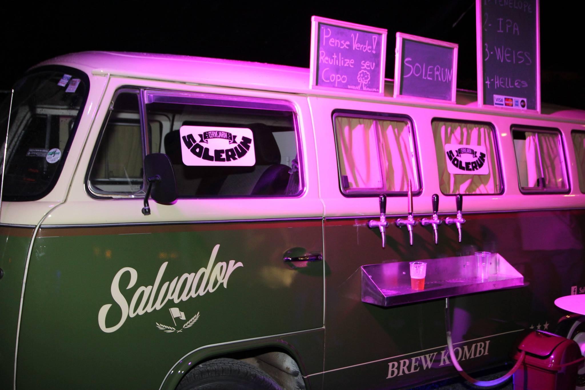 Pub Kombi foi uma das atrações da festa (Foto: Divulgação)