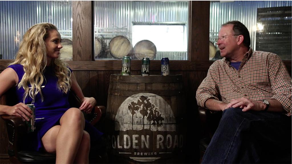 Em vídeo, negócio é explicado pela presidente e cofundadora da Golden Road, Meg Gill, e pelo CEO para cervejarias artesanais da Divisão Anheuser-Busch, Andy Goeler (Foto: Reprodução/Vimeo)