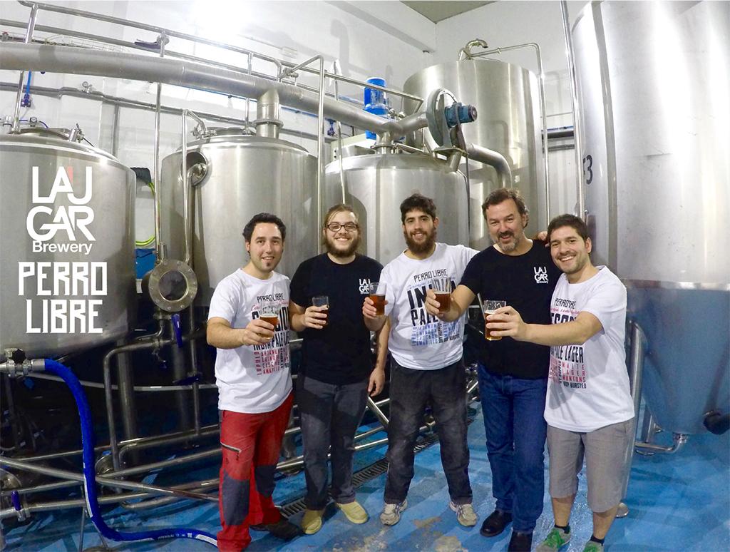 Cerveja começou a ser produzida na terça, 10, na fábrica da Lauga,em Bilbao (Foto: Divulgação)