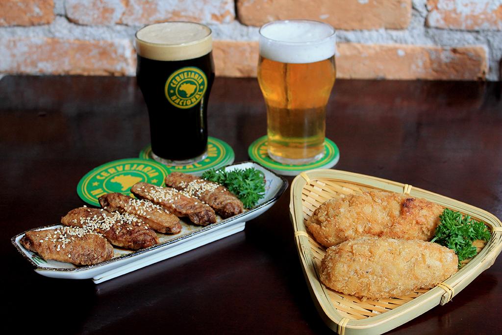 Restaurantes japoneses prepararam pratos especiais para o lançamento na Cervejaria Nacional (Foto: Mariana Buck)