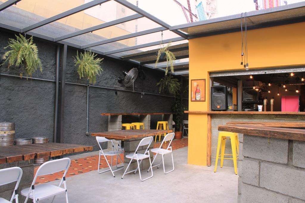 bar-do-hostel