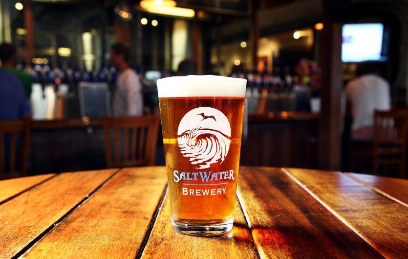 A Saltwater Brewing, em Júpiter, é uma das paradas da Missão na Flórida. É uma cervejaria que recentemente chamou a atenção por uma iniciativa ambiental (Foto: Divulgação)