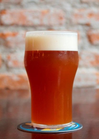 """Cerveja éuma APA """"com ótimo drinkability e de aroma intenso, já que leva dry hopping de Citra, Amarillo e Centenial"""" (Foto: Divulgação)"""