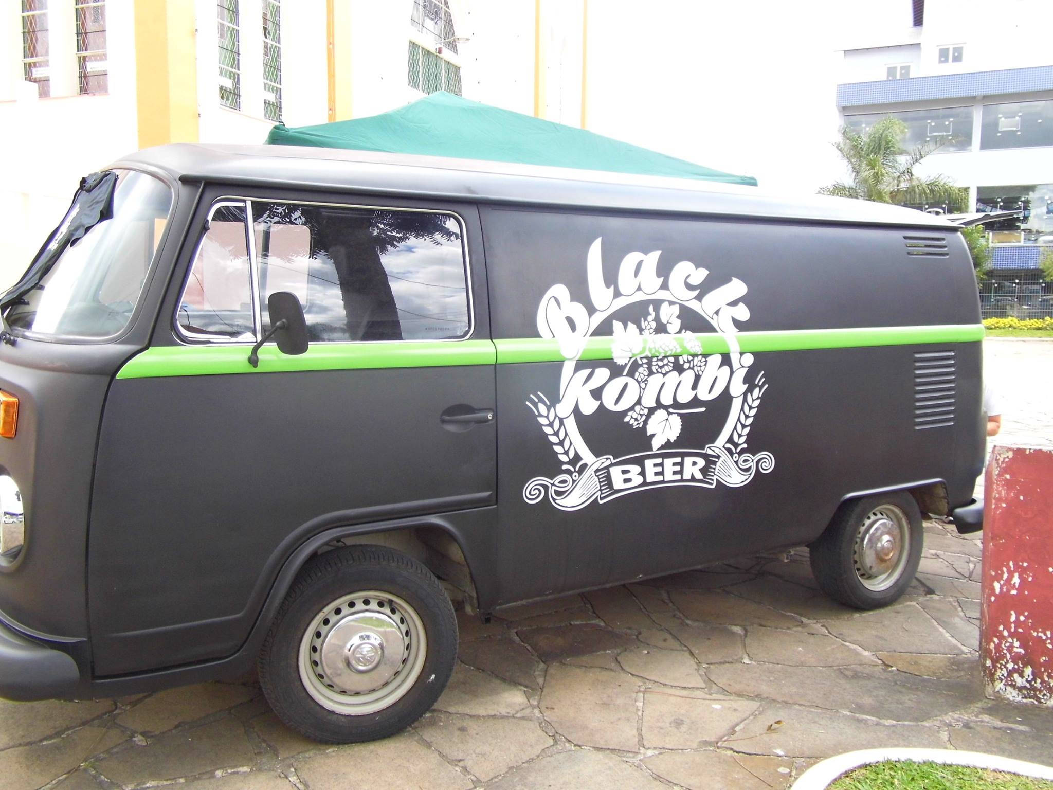 Black-Kombi-Beer