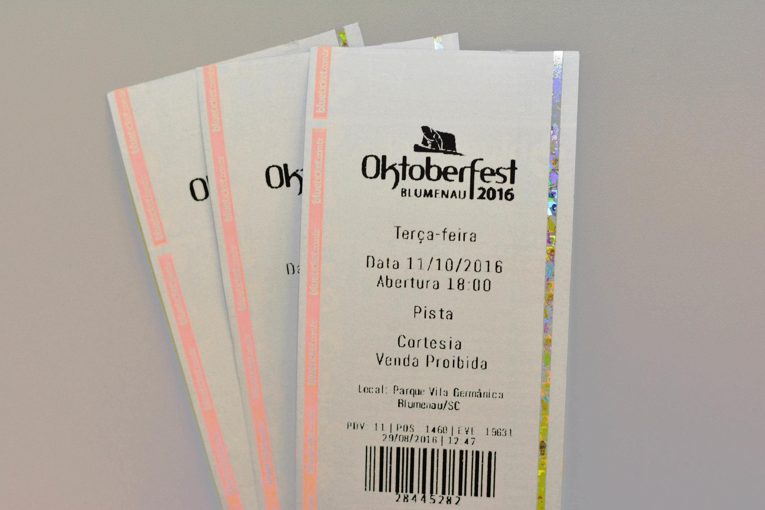 A organização da festa alerta para os registros de vendas de bilhetes por cambistas e de cortesias (Foto: Divulgação)