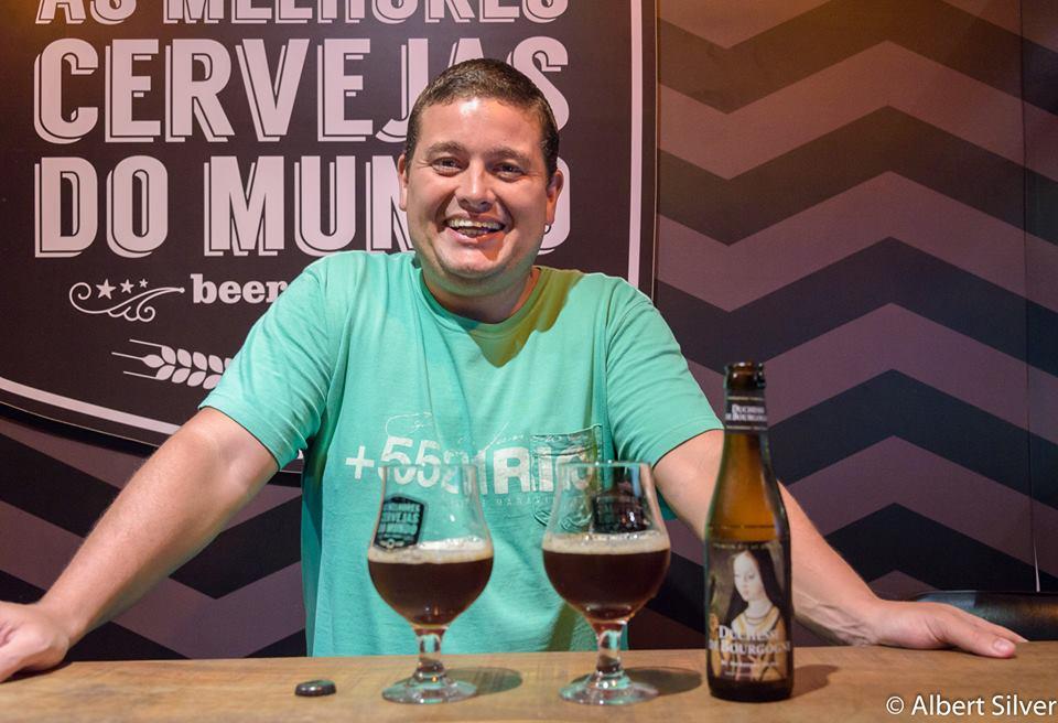 Concurso surgiu a partir dos encontros promovidos por Bruno Lopes, beer sommelier e proprietário de As Melhores Cervejas do Mundo (Foto: Albert Silver/Divulgação)
