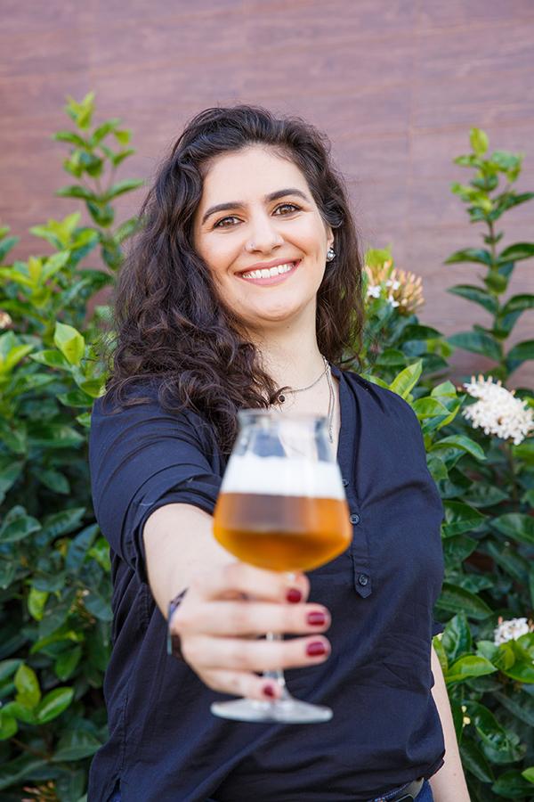 """Com a rotinha dos sonhos de todo cervejeiro, Taiga Cazarine, 30 anos, passa a ser a""""beer hunter"""" do e-commerce (Foto: Divulgação)"""