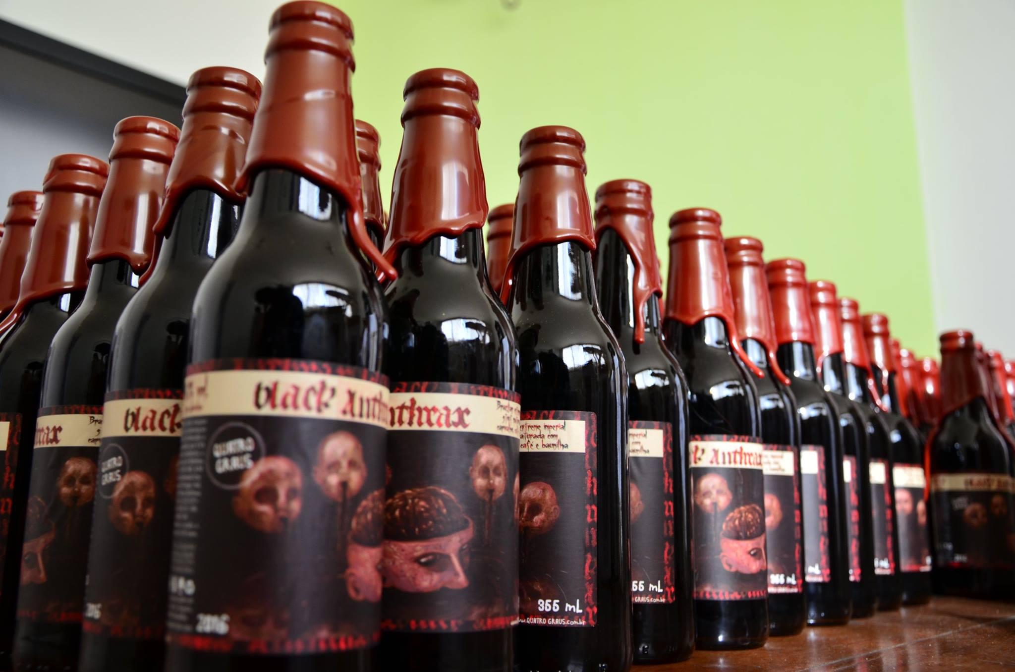 """A Black Anthrax é uma """"Brazilian Extreme Imperial Stout"""" (Foto: Divulgação)"""
