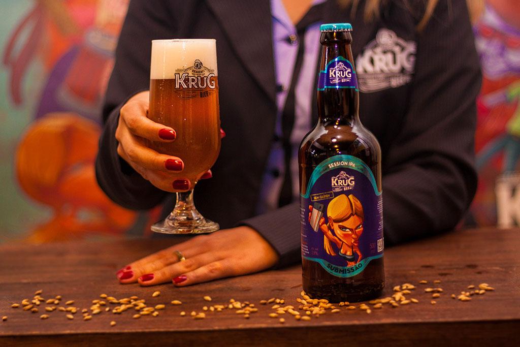 Krug Bier, que tem uma variada linha de cervejas, entre elas a Session IPA Submissão, agora lança uma International Lager (Foto: Melt ComunicaçãoDivulgação)