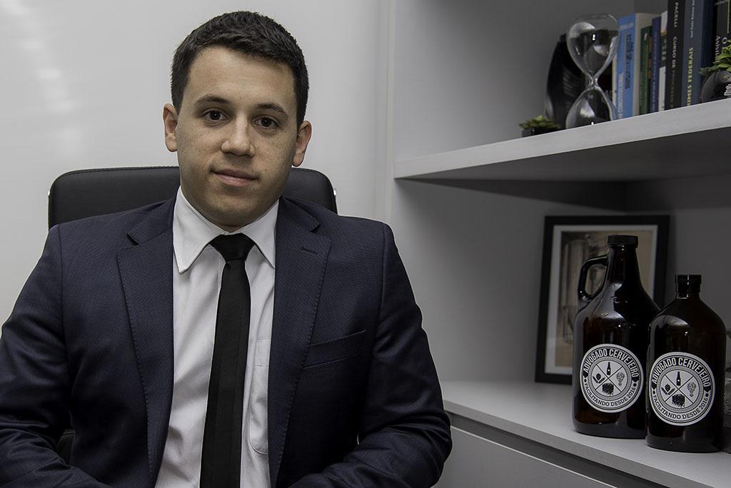 André Lopes coordena o serviço Advogado Cervejeiro (Foto: Divulgação)