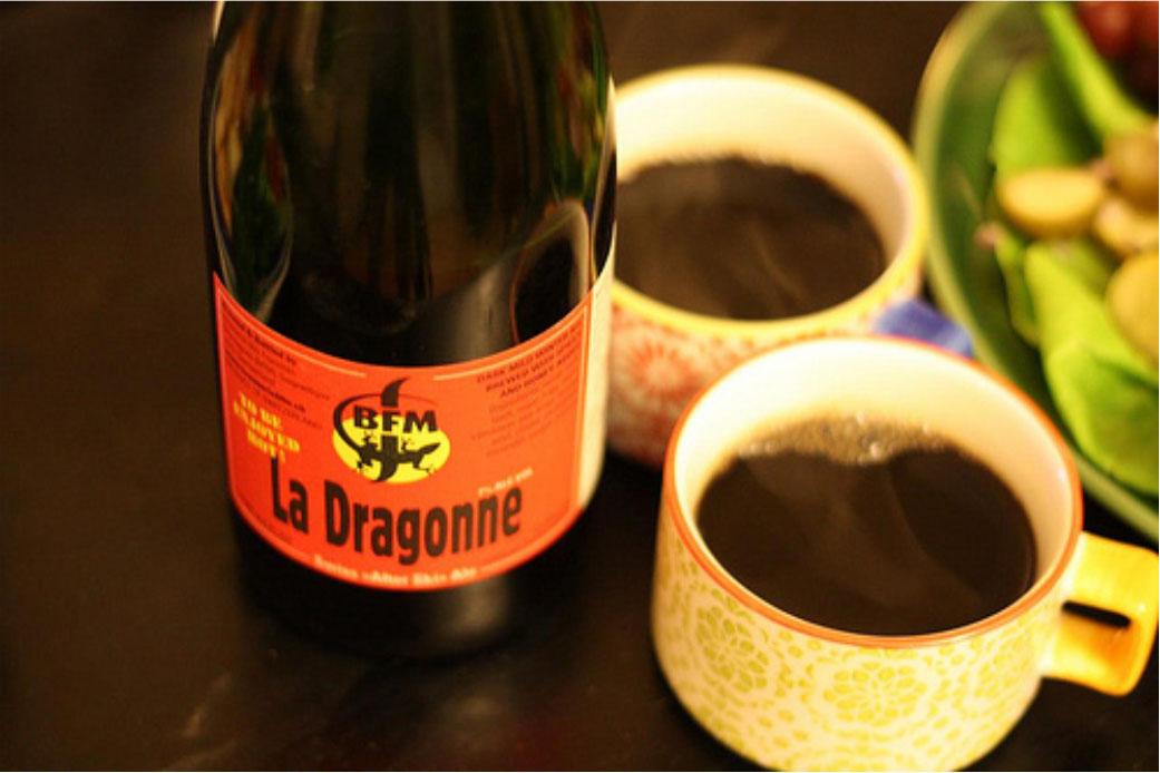 La Dragonne, a cerveja que pode ser aquecida no fogão ou no micro-ondas (Foto: Divulgação)