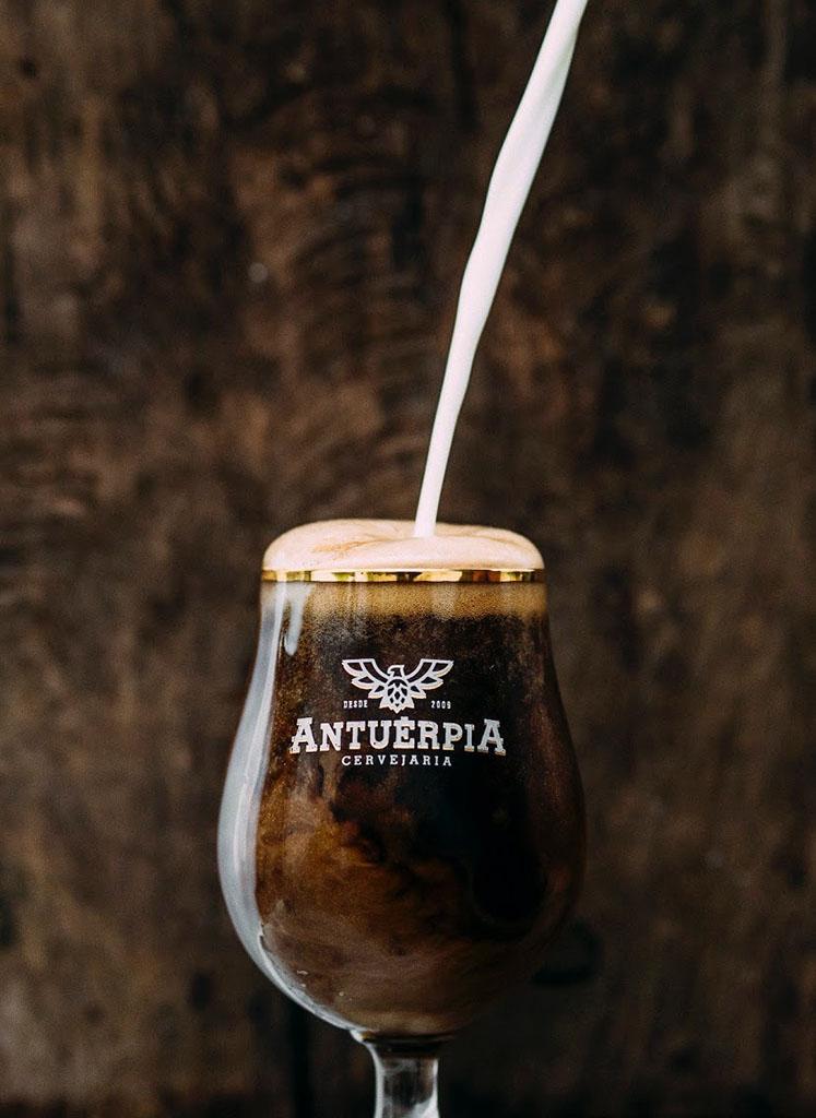 A cerveja vencedora foi feita pelo mestre-cervejeiro Giancarlo Vitalle em parceria com o chef Ronaldo Rossi (Foto: Thiago Brito/Divulgação)