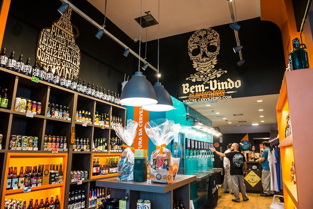 São cerca de 90 opções de cerveja, entre nacionais e importadas (Foto: Divulgação)
