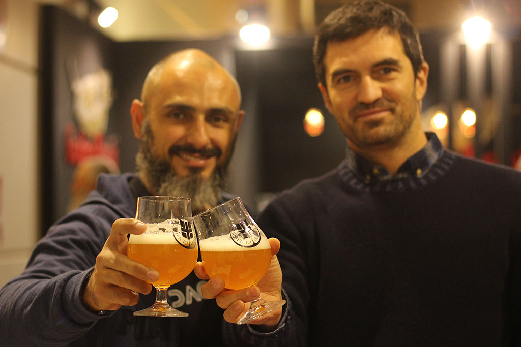 Wagner Falci, fundador da Daoravida, com Giovanni Campari, da italiana Birrificio Del Ducato (Foto: Divulgação)