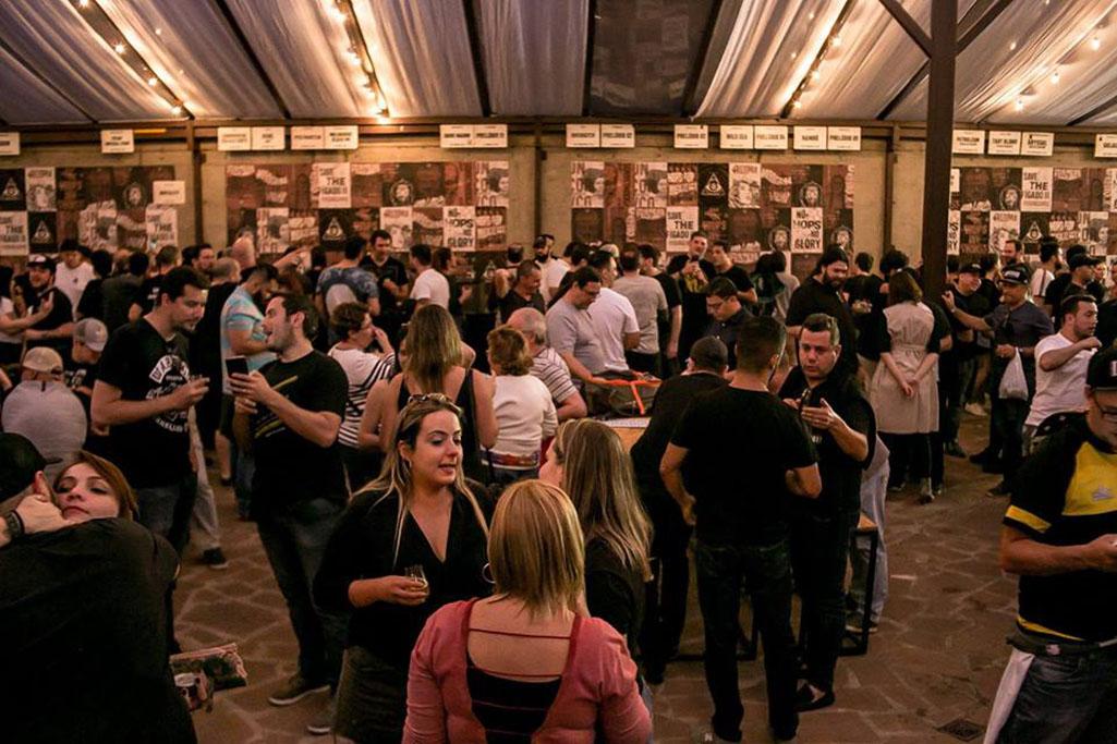 Festas anuais da Dogma oferecem dezenas de opções de chopes especiais da marca e de convidadas (Foto: Divulgação)