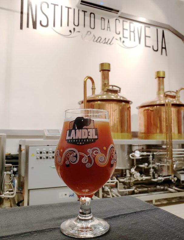 Cerveja foi produzida na fábrica-escola do Instituto da Cerveja Brasil (Foto: Divulgação)