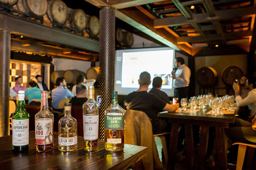 O primeiro curso de destilados oferecido pela cervejaria ocorreu em maio (Foto: Divulgação)