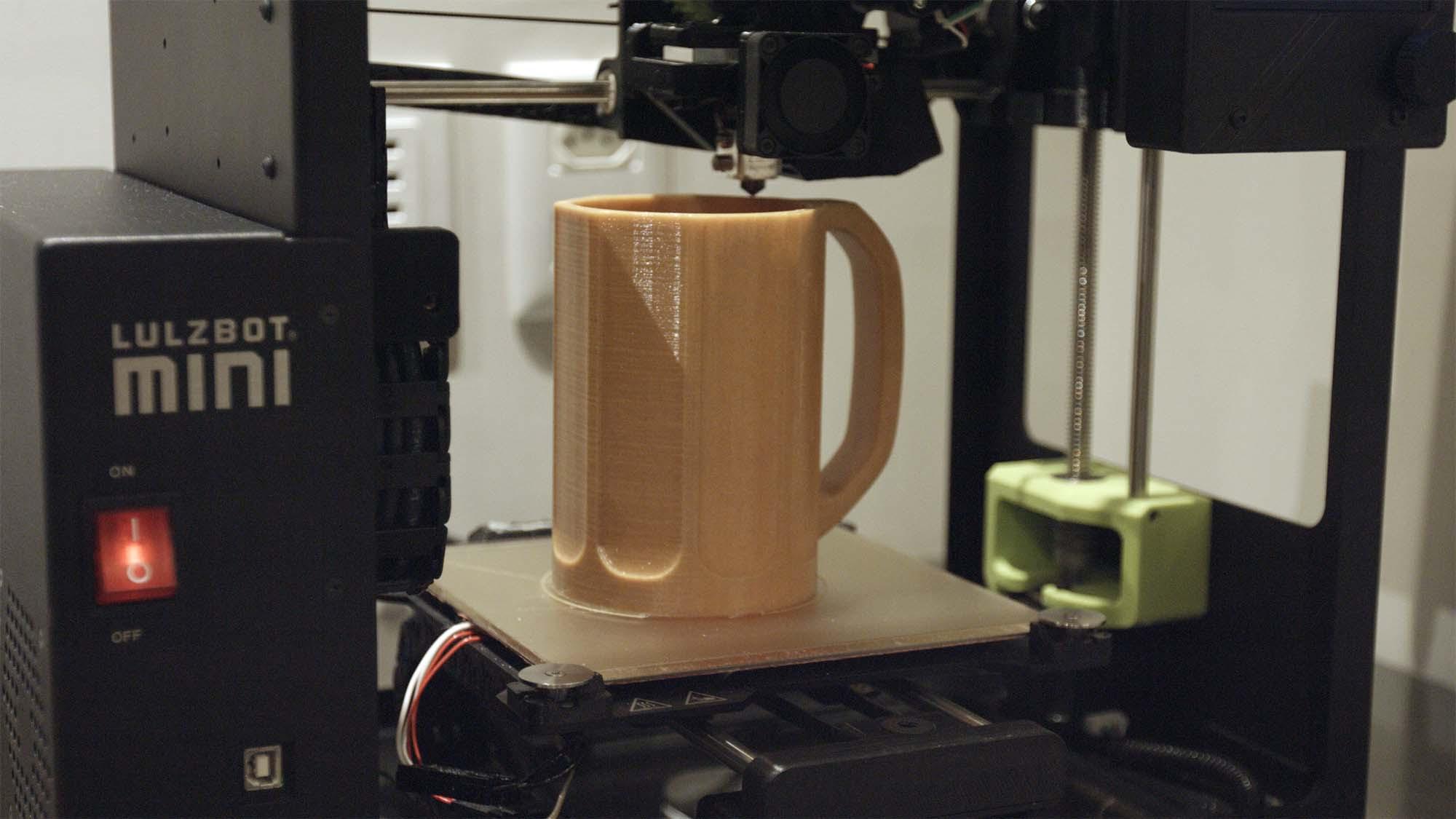 O projeto B33R3D.com é um site onde são disponibilizados gratuitamente projetos open source para que os apaixonados por impressão 3D possam imprimir em casa objetos prontos ligados ao universo cervejeiro (Foto: Divulgação)