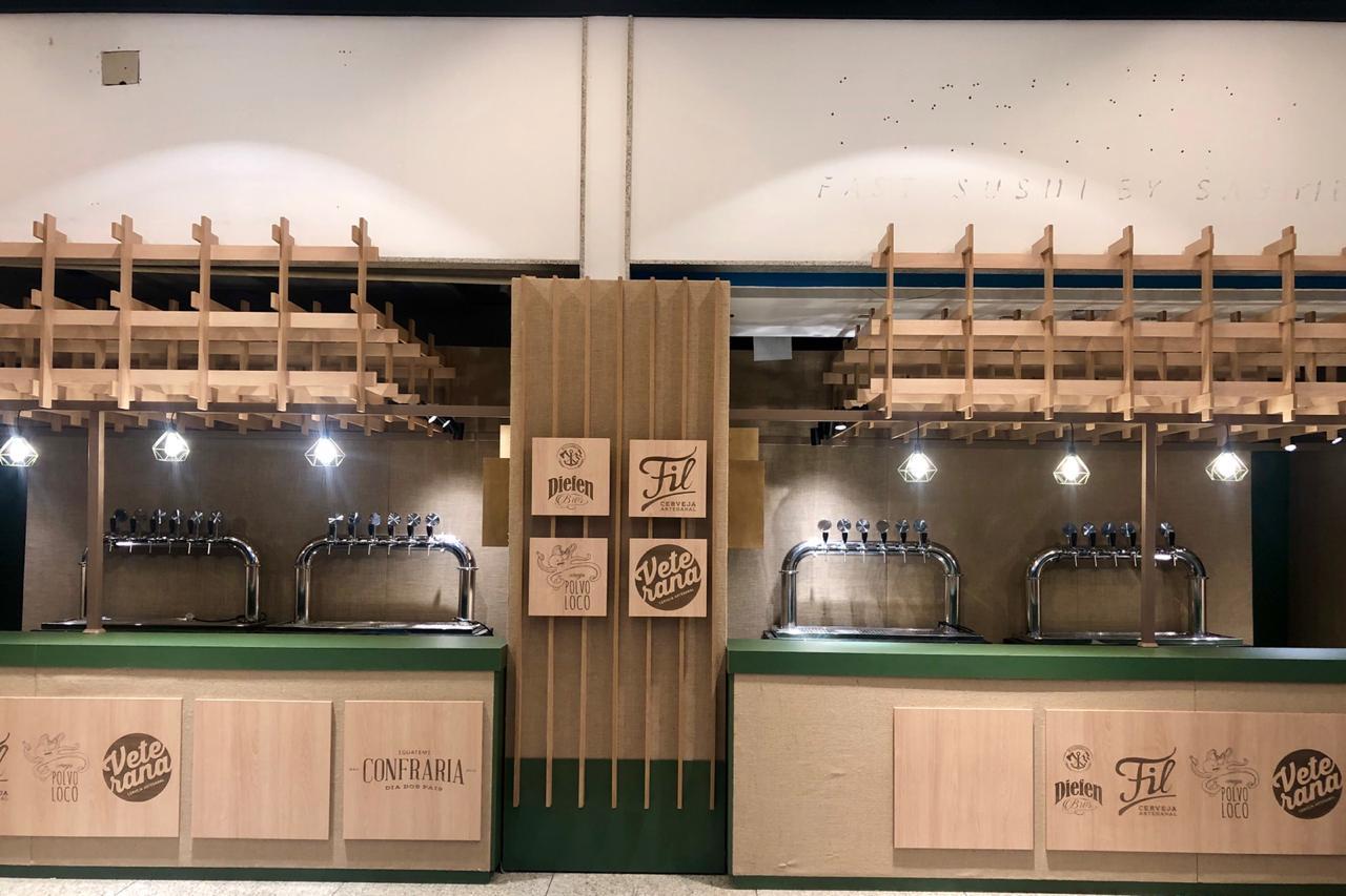 A retirada dos packs, os shows e os estandes de cervejarias se concentram na praça de alimentação do 3º piso (Foto: Divulgação)
