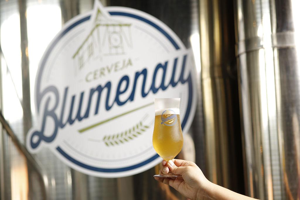 Em quatro anos de atividades, cervejaria que leva o nome de cidade catarinense conquistou mais de 20 prêmios (Foto: Daniel Zimmermann/Divulgação)