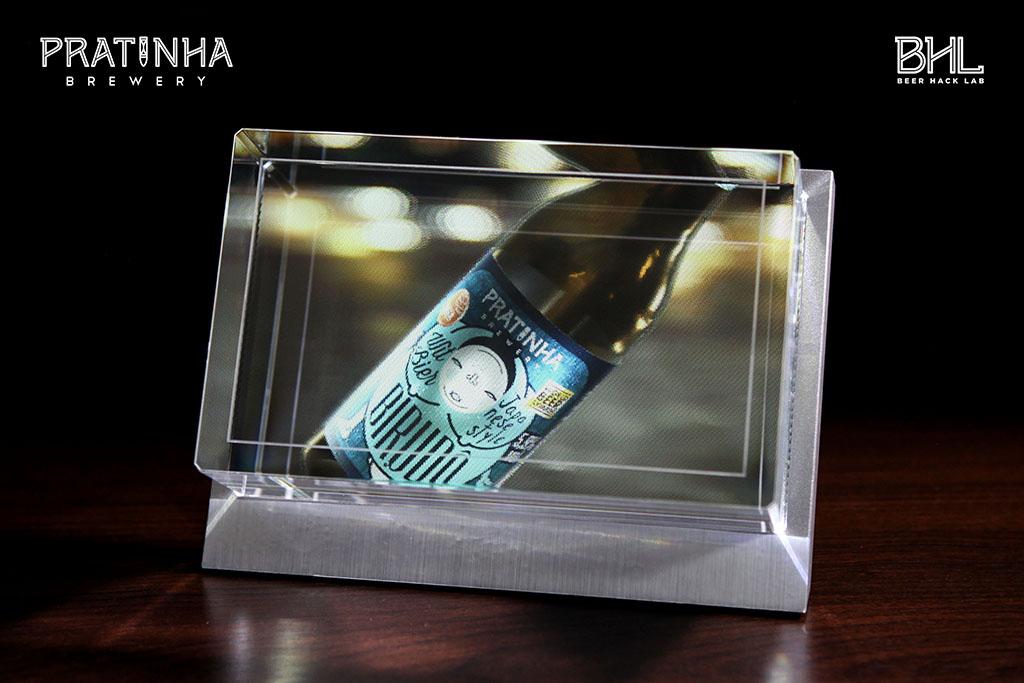 Conteúdo interativo para um display volumétrico produz imagens holográficas de alta qualidade voltado para a apresentação de produtos nos pontos de venda (Foto: Divulgação)