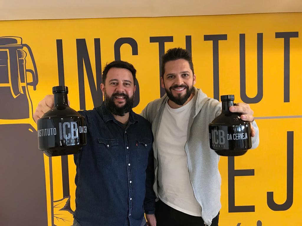 Rodrigo Fernandes, CEO da My Growler, e Estácio Rodrigues, sócio do ICB (Foto: Divulgação)
