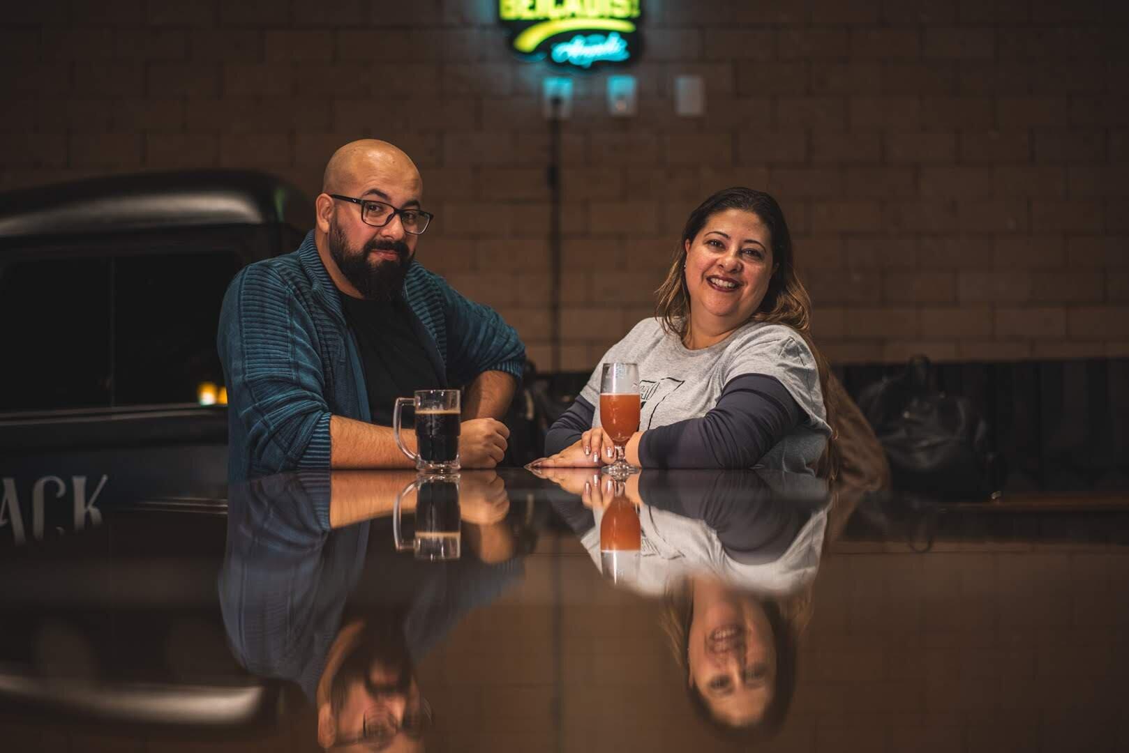 Marcus Paranhos e Márcia Guimarães produzem conteúdo especializado em cerveja, turismo de experiência, gastronomia e lifestyle (Foto: Nelson Saldanha/Divulgação)