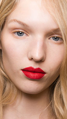 red lips trend 2017