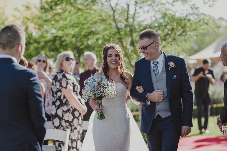 swan-valley-wedding-photographer-sandalford-estate-14.jpg