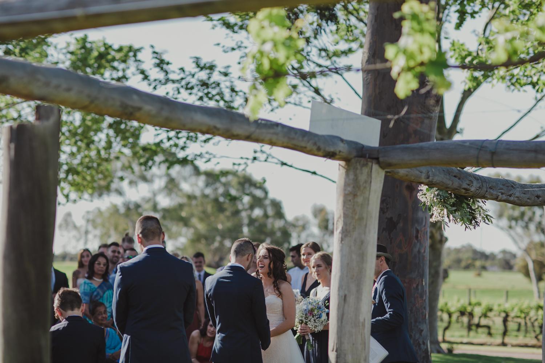 swan-valley-wedding-photographer-sandalford-estate-17.jpg