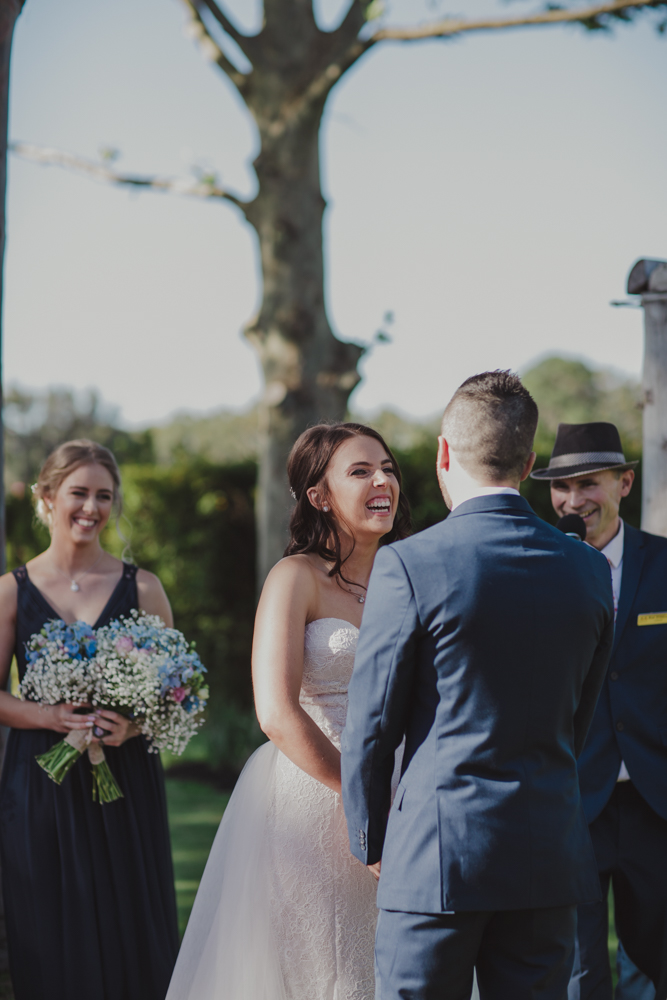 swan-valley-wedding-photographer-sandalford-estate-19.jpg