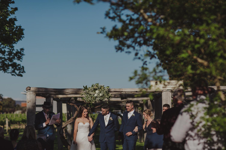 swan-valley-wedding-photographer-sandalford-estate-21.jpg