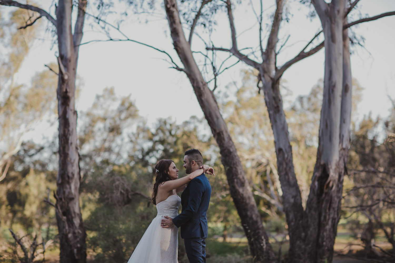 swan-valley-wedding-photographer-sandalford-estate-35.jpg