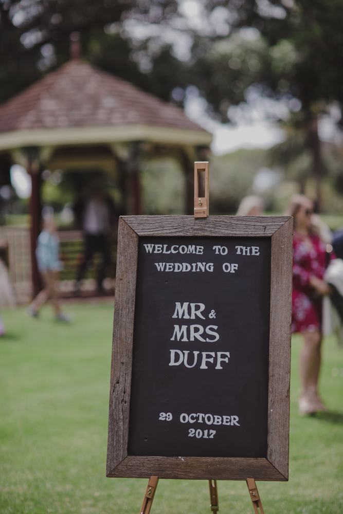 hyde park wedding easels