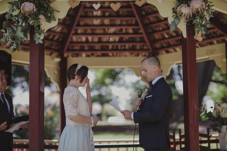 hyde-park-wedding-perth-photography19.jpg