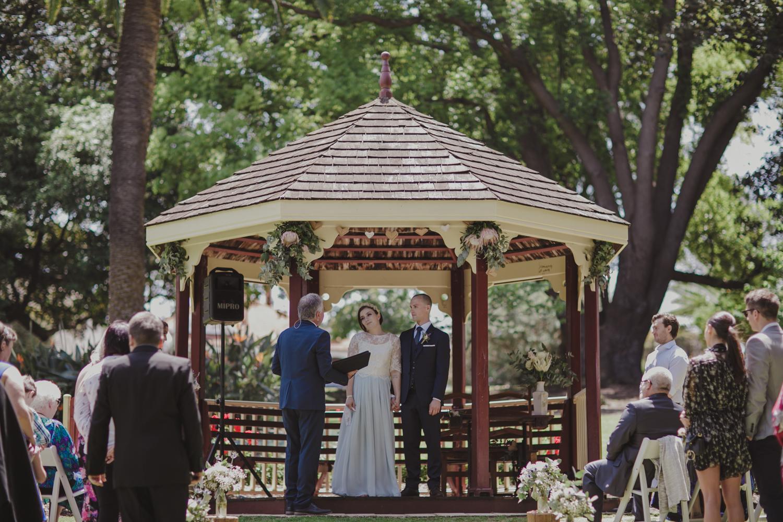 hyde-park-wedding-perth-photography20.jpg