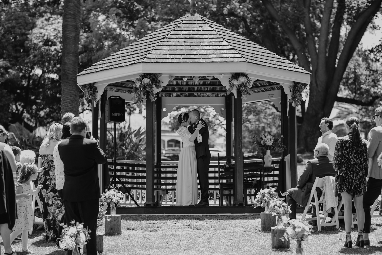 hyde-park-wedding-perth-photography21.jpg