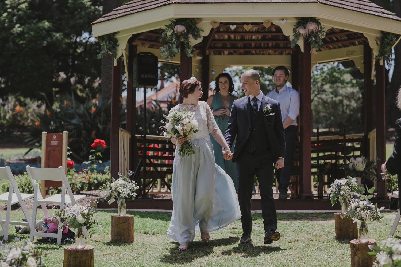 hyde-park-wedding-perth-photography25.jpg