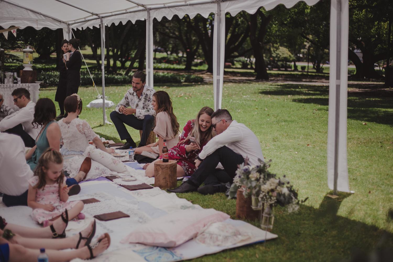 hyde-park-wedding-perth-photography57.jpg