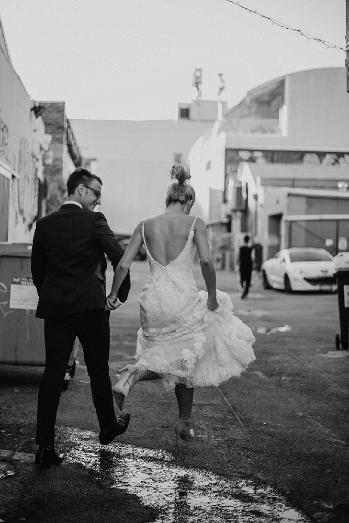 perth-wedding-photographer-art-gallery-industrial_0030.jpg