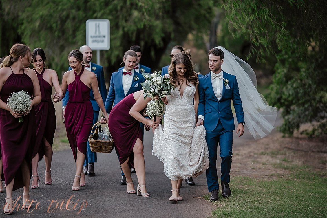 ferguson-valley-wedding-st-aidans-wines_0065.jpg
