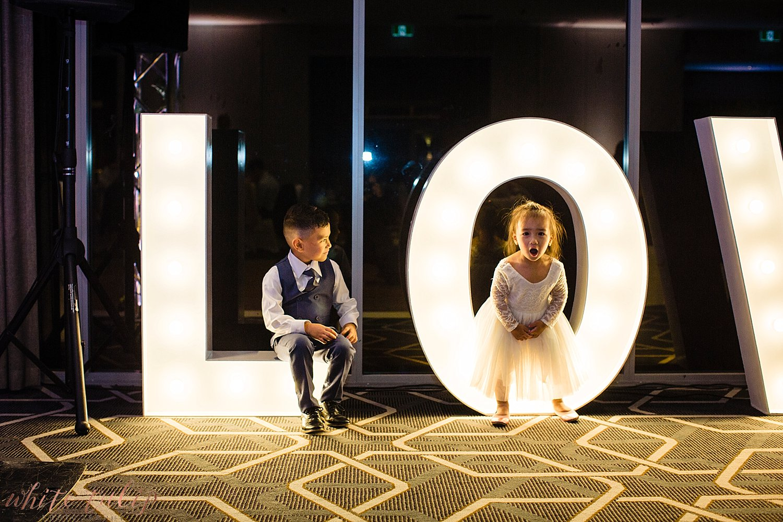 perth-wedding-photographers-mandoon-estate-swan-valley_0128.jpg