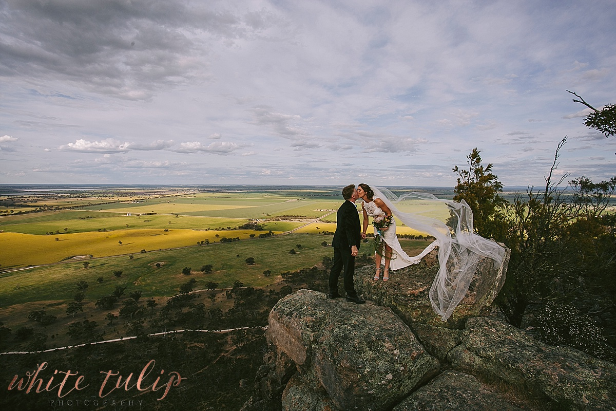 destination-wedding-photographer-country-victoria-wimmera_0068.jpg