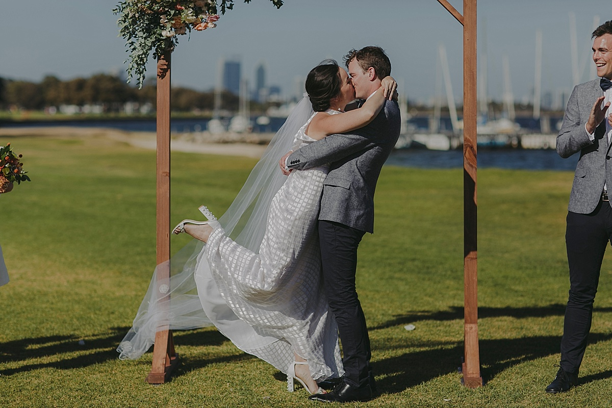 nedlands-yacht-club-wedding-photography-perth_0037.jpg