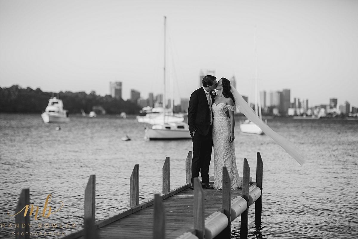 uwa-wedding-perth-photography-matilda-bay_0077.jpg