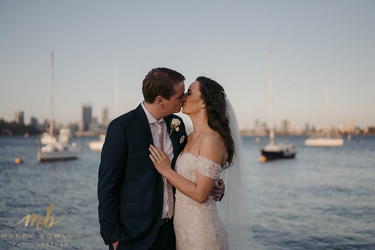 uwa-wedding-perth-photography-matilda-bay_0080.jpg
