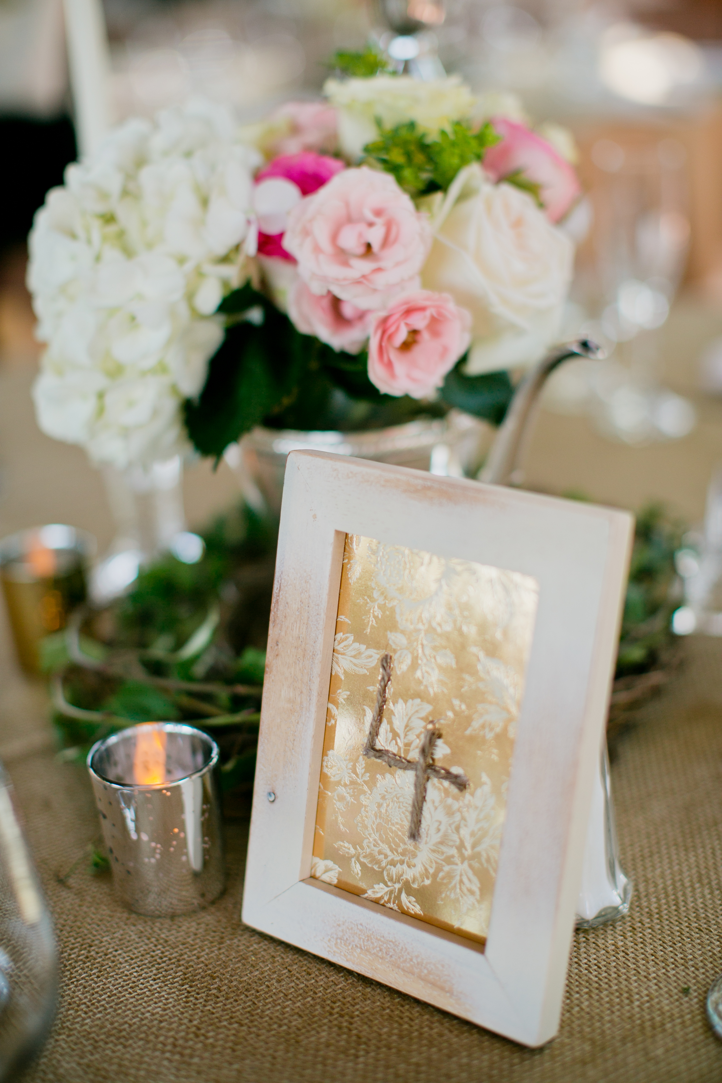 Table numbers and floral design