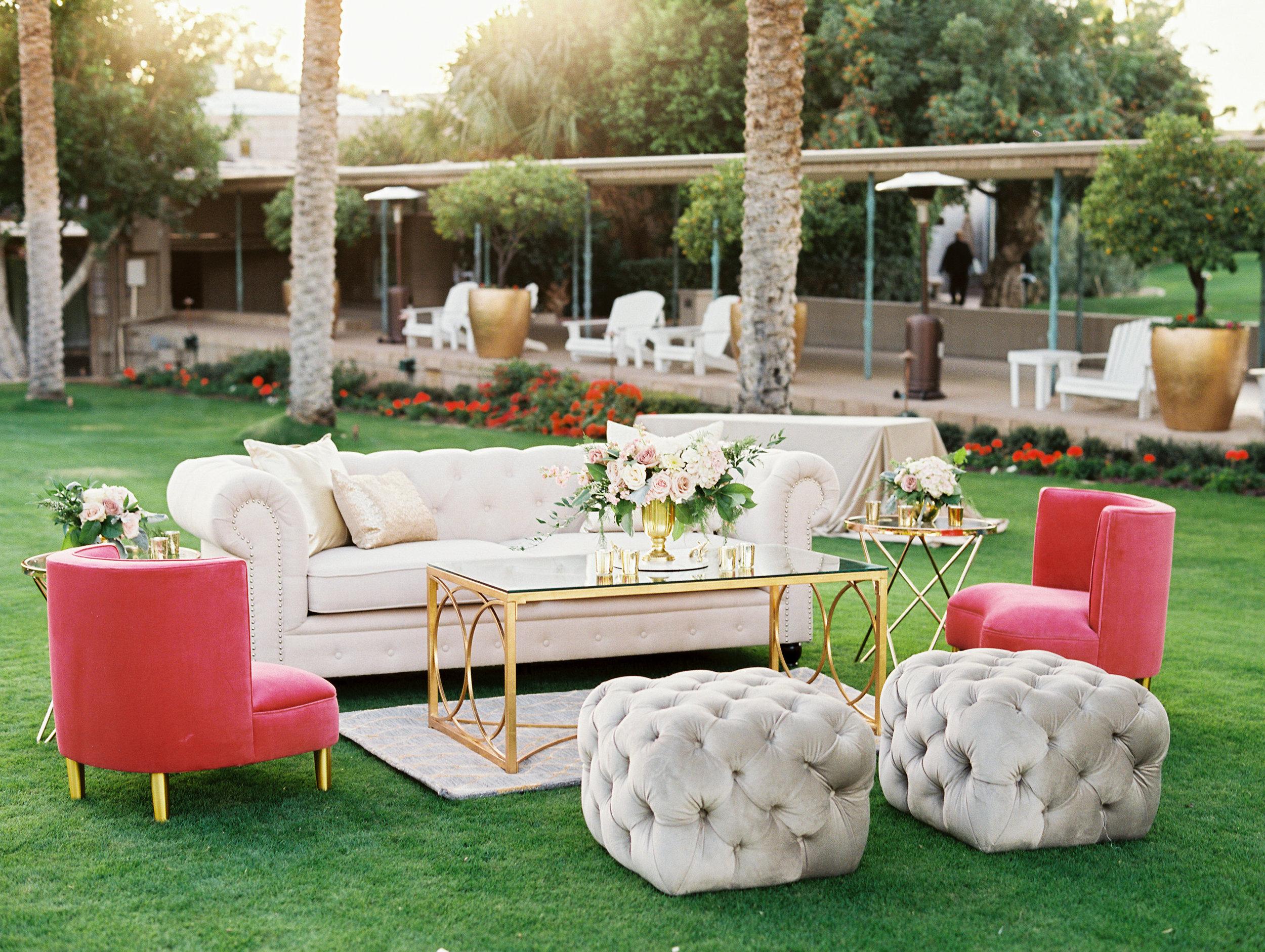 Prim Lounge with Pink.jpg